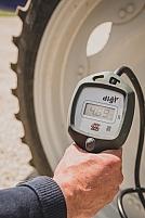 Verification de la pression des pneus